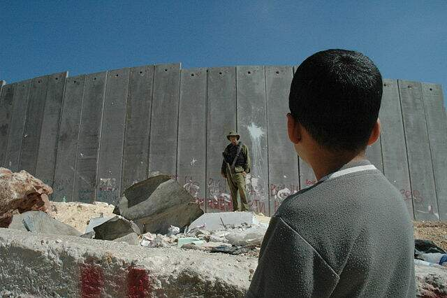 Detidos dez palestinos acusados de preparar ataques contra Marinha israelense